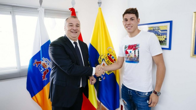 662x372c_30122445raul-1 Raúl Lizoain renueva dos temporadas con Las Palmas - Comunio-Biwenger