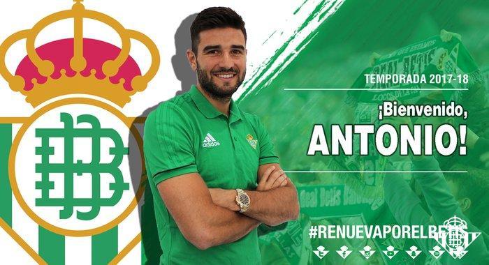 Fichaje_BarragC3A1n.jpg.700x380_q85_crop-center Barragán ya es jugador del Betis - Comunio-Biwenger