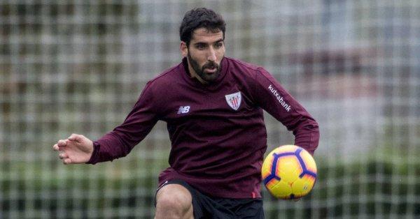 Raúl-García-ya-entrena-con-el-grupo Raúl García podría llegar al partido ante el Betis - Comunio-Biwenger