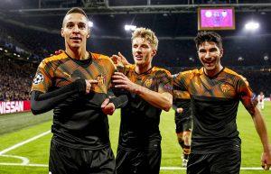 CRÓNICA-Ajax-0-1-Valencia-300x193 CRÓNICA: Ajax 0-1 Valencia - Comunio-Biwenger